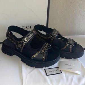 Authentic Gucci Arugu sandals size 10 chambre Des